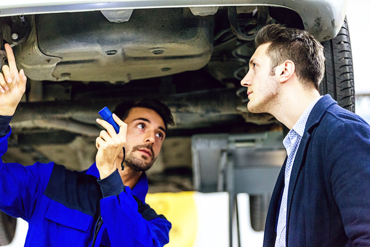 The mechanic should answer all your questions until you fully understand what the problem is and how much you will pay, before giving them the keys of your car.